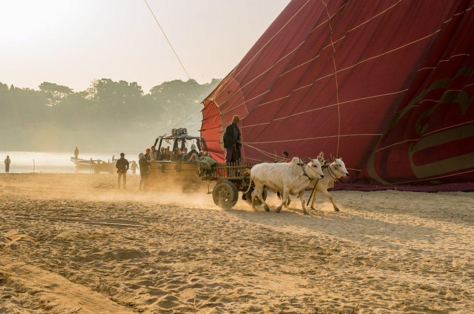Le retour sur la poussière de Bagan.