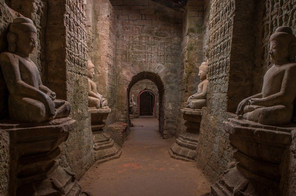 Koe Thaung temple à Mrauk-U.
