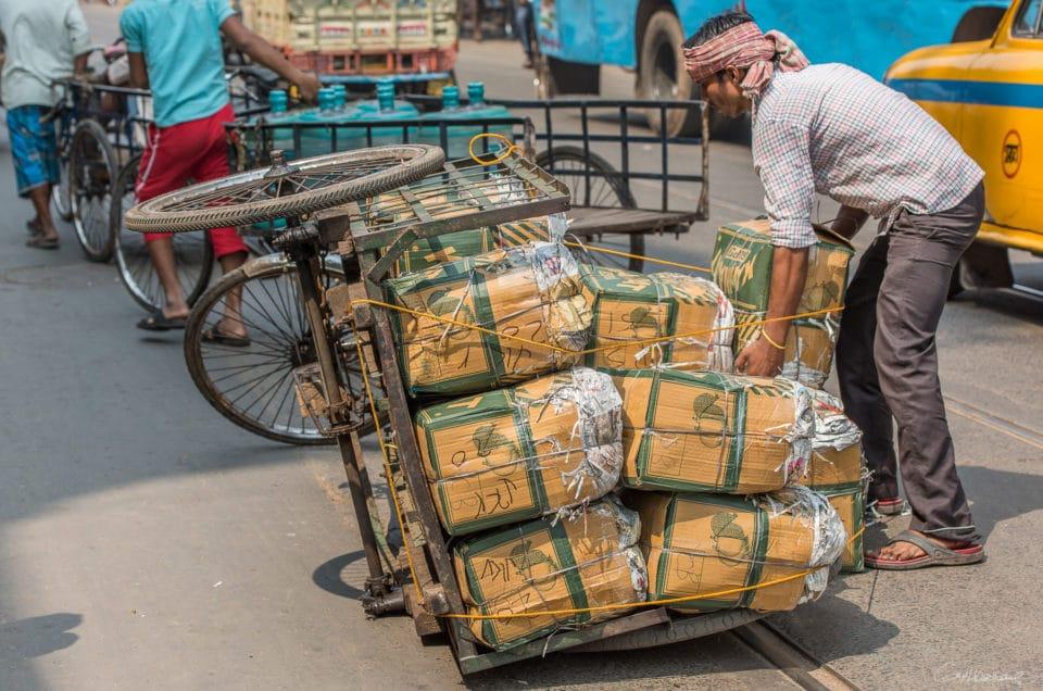 Les triporteurs de Calcutta.