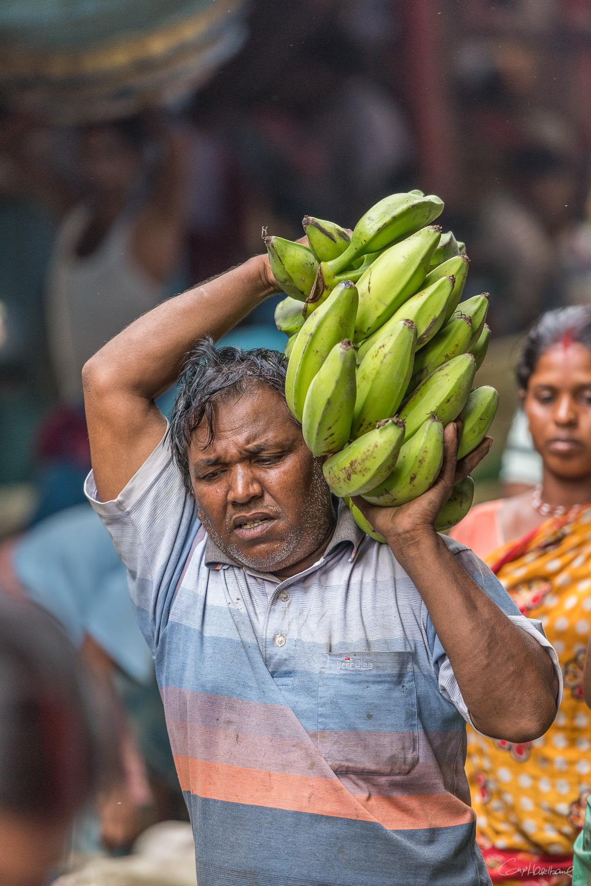 Porteurs Kolay market Calcutta - Inde.