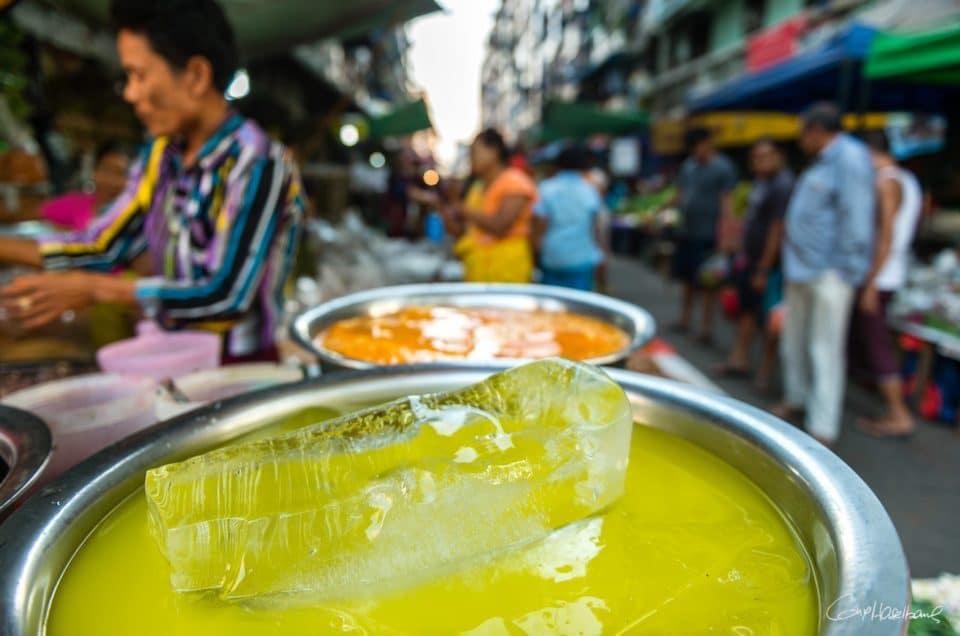 Couleurs de Yangon.